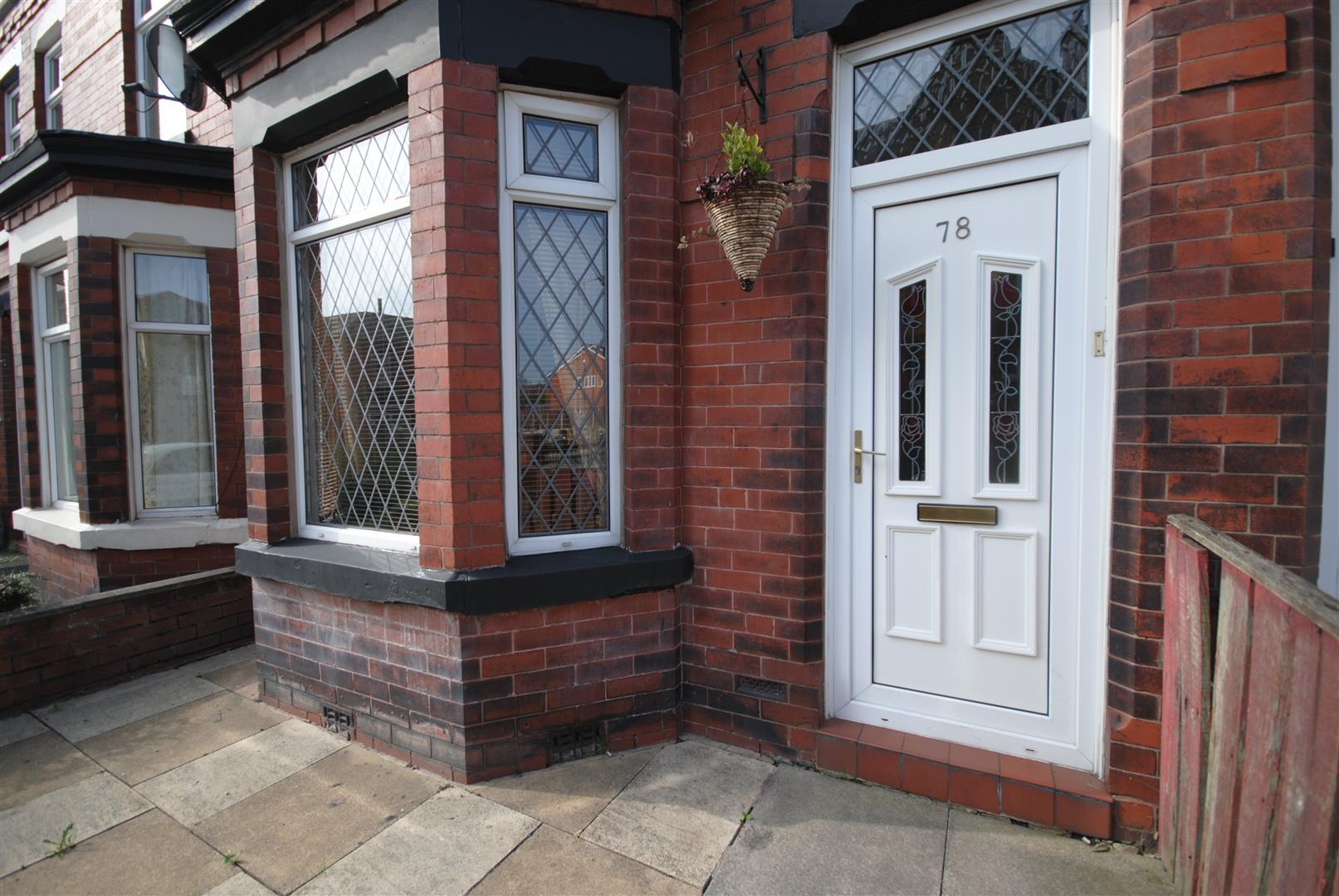3 Bedrooms Terraced House for sale in Springfield Road, Springfield, Wigan